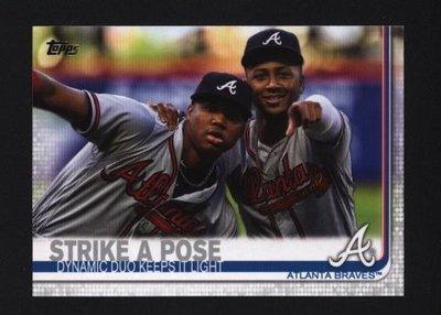 2019 Topps Series 2 #508 Strike a Pose - Atlanta Braves