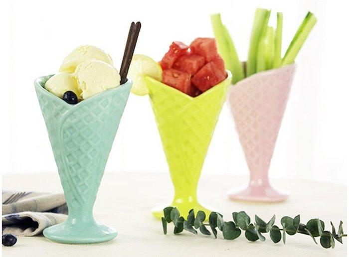 【奇滿來】三色馬卡龍色陶瓷冰淇淋杯 創意雪糕杯果汁杯甜筒杯 高腳杯沙拉杯奶昔杯甜品冷飲杯水杯 AUBN