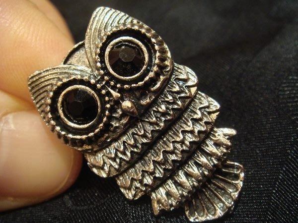 美國帶回,全新從未戴過歐美品牌高質感古銀復古貓頭鷹造形戒指,低價起標無底價!本商品免運費!
