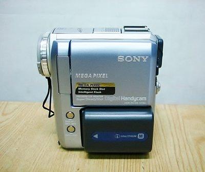 @【小劉二手家電】少用SONY MINI DV 攝影機,內建1G記憶卡,DCR-PC105型,可錄影、放影、充電-8