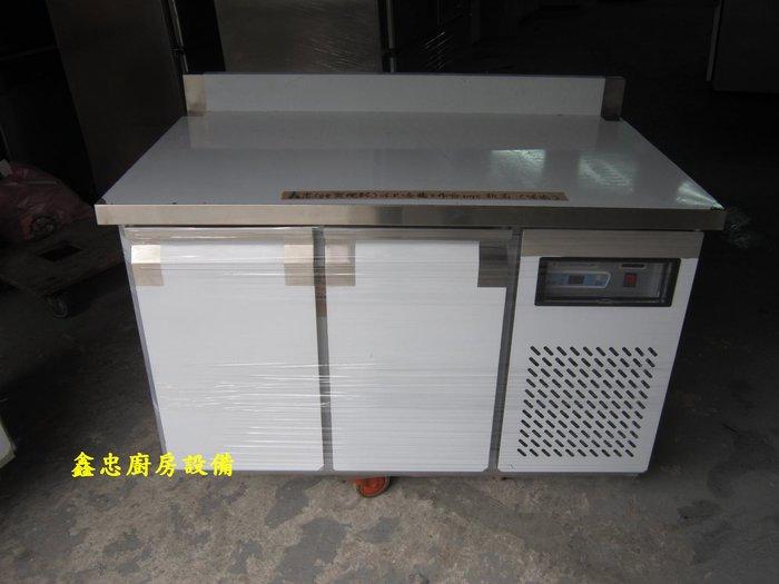 鑫忠廚房設備-餐養設備:手工冰箱系列-四尺工作檯冰箱-賣場有-西餐爐-烤箱-水槽-快炒爐