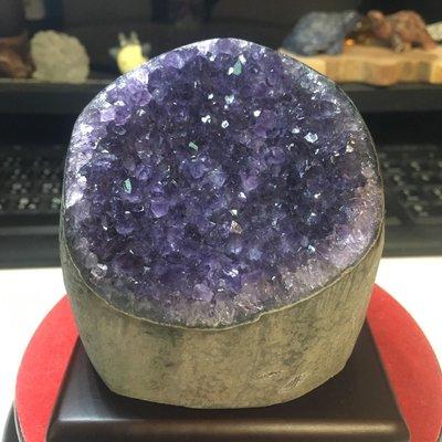 好犀晶-烏拉圭紫晶鎮  紫晶片 紫水晶 圓型 內凹 晶洞晶片 紫羅蘭 飾品充電座