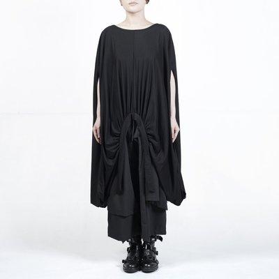 Dark.Q WL 暗黑不規則設計師款黑色罩衫T恤