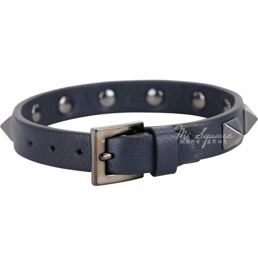 米蘭廣場 VALENTINO Rockstud 仿舊鉚釘小牛皮手環(深藍色) 1830399-34