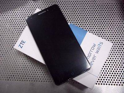 下殺~ZTE Blade A813 5.5吋 2GB RAM/16GB ROM  四核心 現貨黑色 郵寄免運 送玻璃貼
