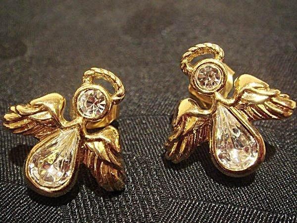 賣家珍藏全新 AVON 從未戴過,美國帶回來的小天使造型耳環,低價起標無底價!本商品免運費!