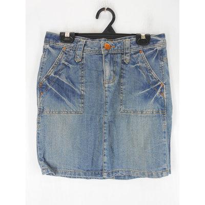 女 ~【BIG TRAIN Victoria】藍色刷白牛仔裙 S號/實量腰圍約29吋(5C150)~99元起標~