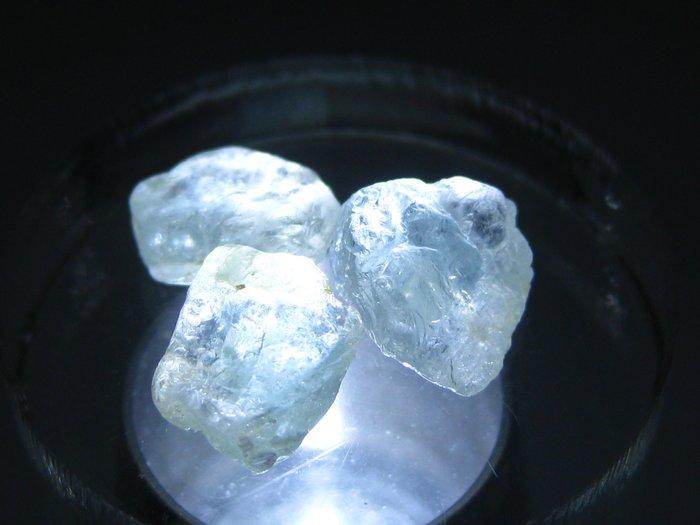 拓帕石 Topaz 天然無燒無處理 自然藍 原礦 標本 礦石 07【Texture & Nobleness 低調與奢華】