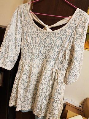 INGNI 淺藍色蕾絲五分袖高腰露被綁帶長版上衣/洋珠+淺藍色蕾絲短褲