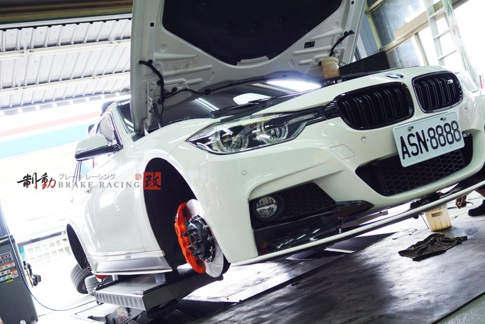 BMW F30.F31 專用 AP Radi-CAL CP-8520/CP-8560 前六後四 全浮動碟盤組 / 制動改