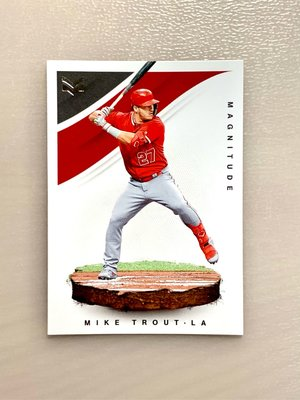 2020 Panini Chronicles Magnitude Mike Trout