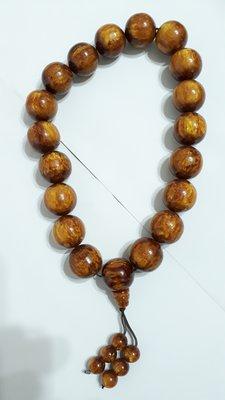 【九龍藝品】金海柳19顆念珠 ~ 珠子約25mm/重量約201公克【 1 】