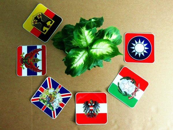 【衝浪小胖】正方形各國旗國徽防水、抗UV登機箱貼紙/各國家、多尺寸都有販賣和客製