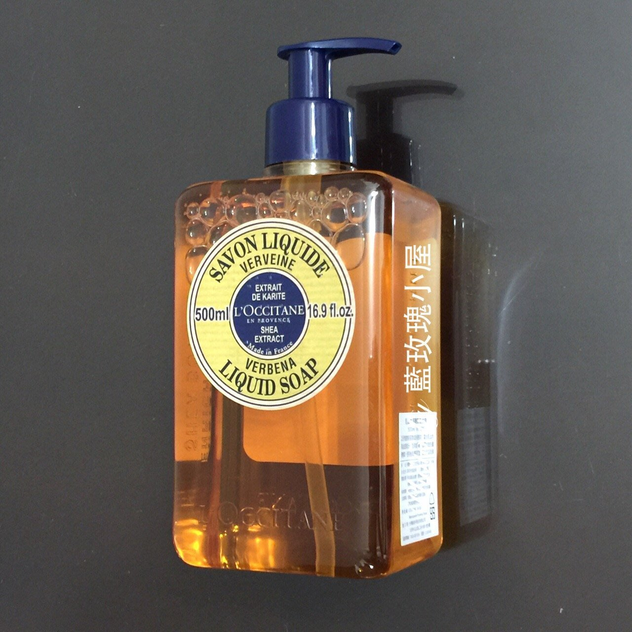 ?歐舒丹 乳油木馬鞭草液式皂500ml(期限2022)?百貨專櫃貨~溫和沐浴乳,洗手洗衣皆可,另售補充包♫藍玫瑰小屋♫