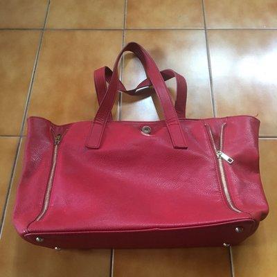 紅色肩背水桶包