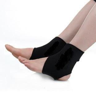 自發熱磁石保健型運動護踝套保暖消除疲勞買一送一優惠中