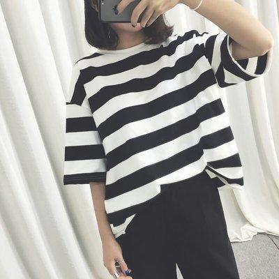 ZUCAS - 韓版經典百搭寬鬆條紋卷邊短袖T恤 - T-0407