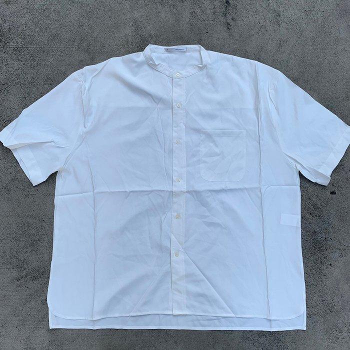 【inSAne】韓國購入 / 亨利款 / 無領 / 襯衫 / 排扣 / 單一尺寸 / 白色