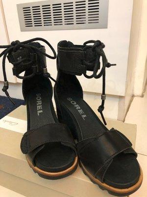 加拿大雪靴第一品牌SOREL超耐用好穿的涼鞋ㄧ雙#35