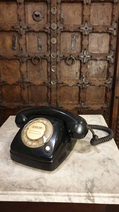 【卡卡頌  歐洲古董】比利時老件 電木  電話  古董電話   FTTR   ss0609 ✬