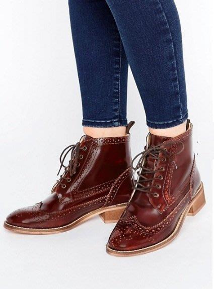 ◎美國代買◎ASOS巴洛克雕花鞋面高筒鞋帶設計英倫時尚咖啡色高筒雕花平底鞋~歐美街風~大尺碼
