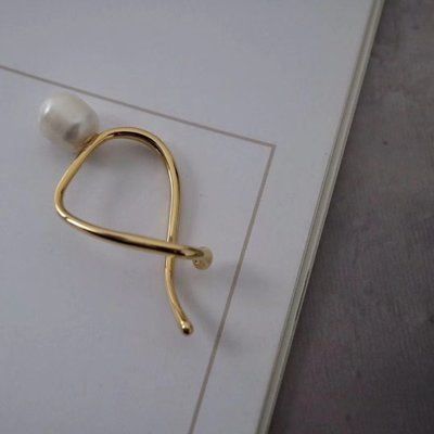 Curvy 交錯曲線耳骨夾 耳窩夾  Simple Modern [正韓] 韓國連線 【NN239】