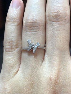 25分天然鑽石戒指可愛蝴蝶造型戒,鑽石顏色超白,周生生經典品牌,超值優惠價13800
