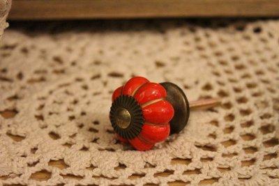 ZAKKA糖果臘腸鄉村雜貨坊    五金配件類..紅色南瓜造型陶瓷手把/木櫃五金把手/鄉村原味把手/萬用單孔手把.抽屜用