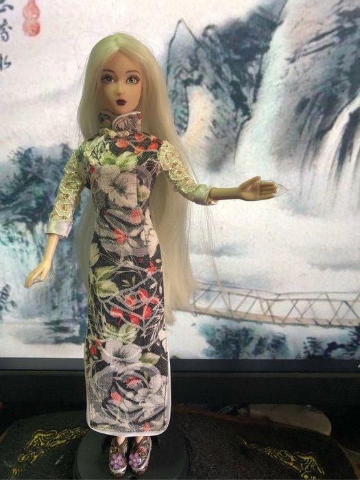 愛卡的玩具屋 可兒.芭比.珍妮娃娃可穿 -純手工制作百花黑色花蕾絲長袖旗袍