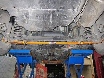 《大台北》億成汽車底盤精品改裝-SUMMIT-後下加強扭力桿 TOYOTA PRIUS (ZVW30)
