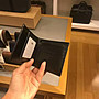 【Woodbury Outlet Coach 旗艦館】COACH 57655 迷彩藍皮革男短夾 皮夾 相片夾 美國代購