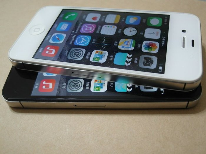 ☆手機寶藏點☆盒裝 iPhone 4S 32G 亞太4G可用《全新旅充+玻璃貼》功能正常 宅配免運Q27