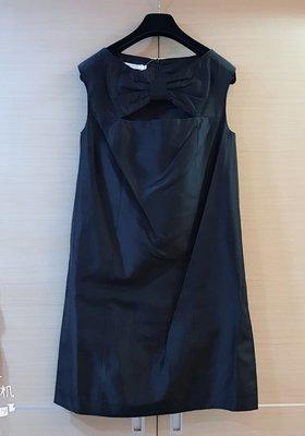 全新竇騰璜黑色緞面洋裝