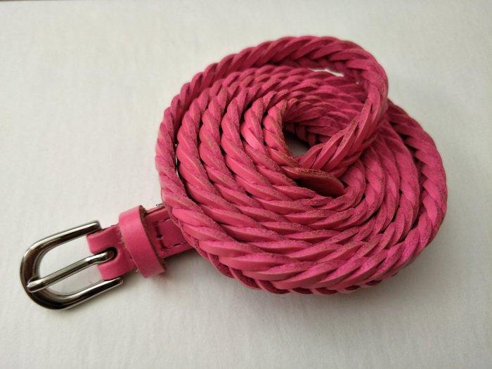 新品上市  歐款-桃紅色細版 編織 真皮皮帶