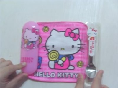 全新kitty環保餐盒(有收藏盒+毛巾+筷子+湯匙)可愛歐