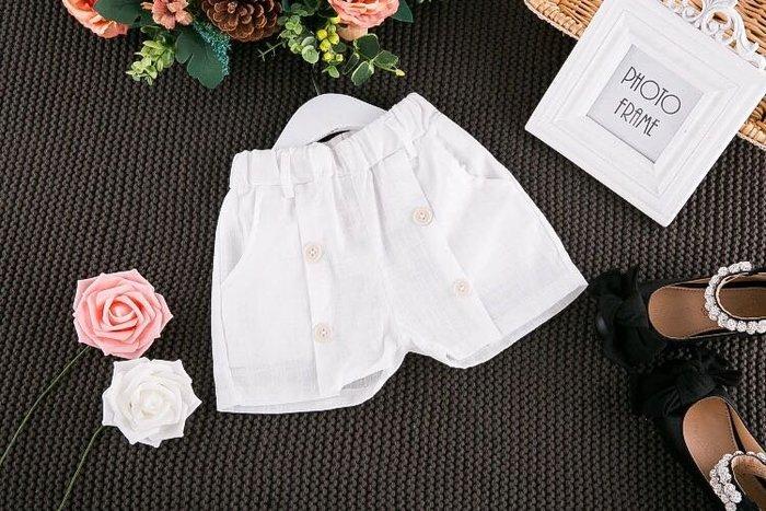 ✿荳荳小舖✿ 現貨⚽ 白色鈕扣絲質柔順短褲 白色