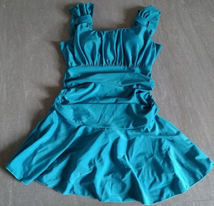 湖水藍修身連身一體成形泳衣