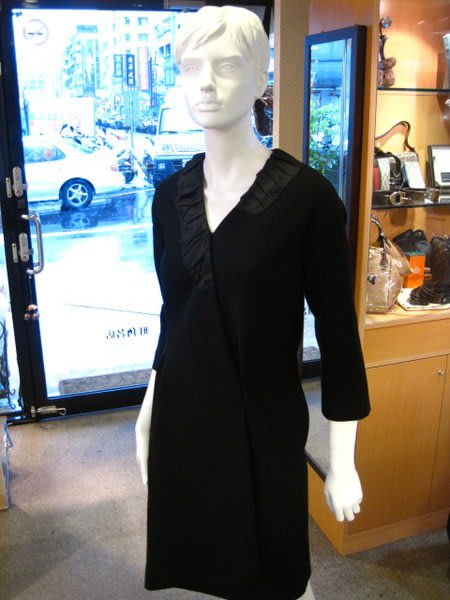 *旺角名店* LV 全新抓皺V領洋裝 限量 高級訂製服 haut couture [08160205