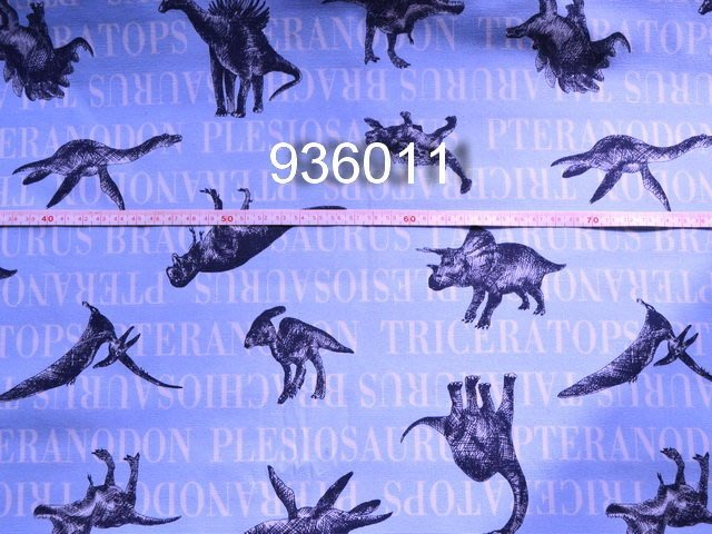 *巧巧布拼布屋*日本進口--日本進口淺藍色底 恐龍  936011自然風手作厚棉布 /  NO100