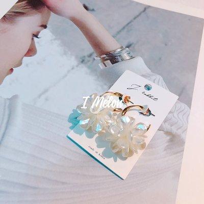 ::: i-MelOn ::: 100%韓國空運 正韓【現貨】樹脂小花 金屬C環釦 耳環耳釘