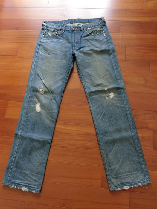 LEVI'S 1532 刷色水洗破壞牛仔褲