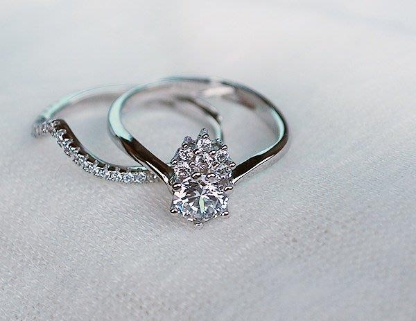 【小糖雜貨舖】香港代購 正生銀飾 皇冠鑽石雙層戒指
