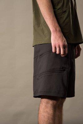 ☆AirRoom☆【現貨】2018SS OqLiq AdHeRe wave shorts 黑色 切線 短褲 poly布料