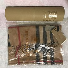 100%real & new Burberry 經典駱駝色 100%cashmere頸巾 連原裝盒 原價$4,300