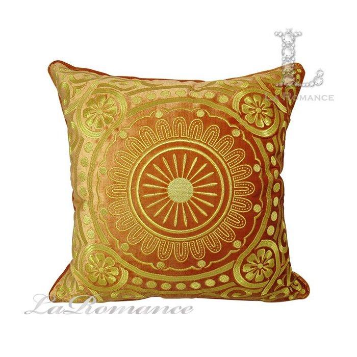 【芮洛蔓 La Romance】 奢華系列歐式圓形金色圖騰抱枕 - 橘色