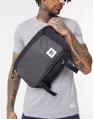 代購aadidas Originals premium bum bag大尺寸帥氣休閒腰包斜背包