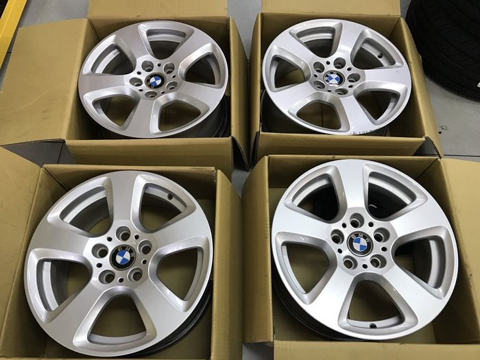 中古鋁圈 正廠 原廠鋁圈 BMW E61 17吋 5孔120 一組完工價  12000 E46 E36 E90 F10