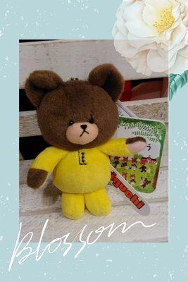 黃衣上學熊公仔吊飾*日本*正版商品