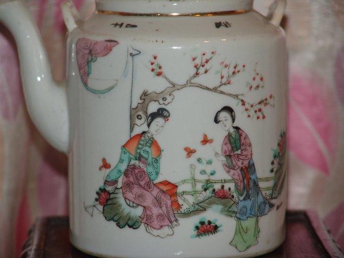 阿國的收藏˙民國初˙˙粉彩提樑壺