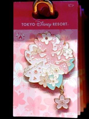 ArielWish日本東京迪士尼樂園2020櫻花季春天浪漫粉紅色春神米妮立體徽章別針胸章胸針紀念章紀念胸章紀念徽章-絕版